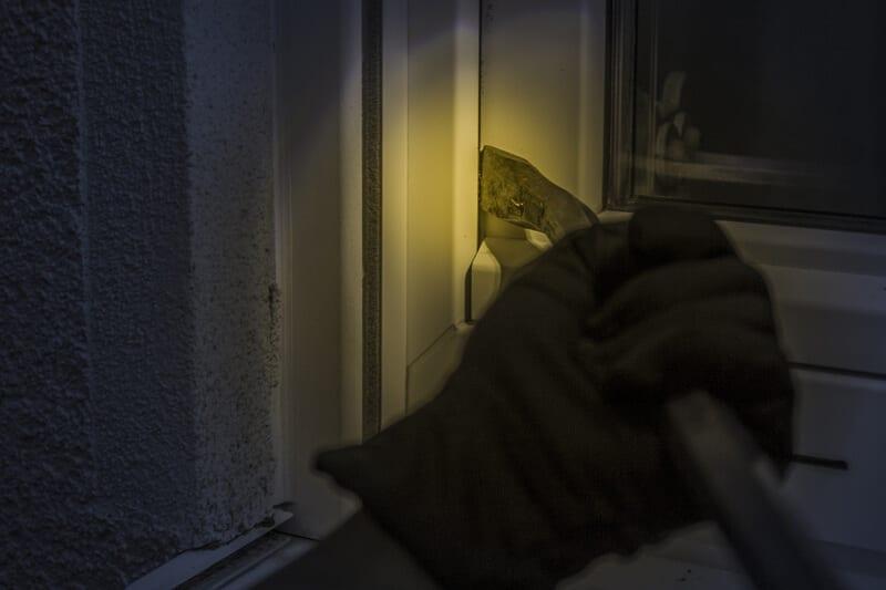 indbrud om natten Arden